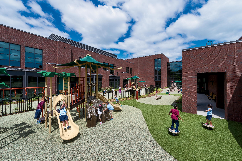 Photo - James Simons Elementary School, Charleston, SC
